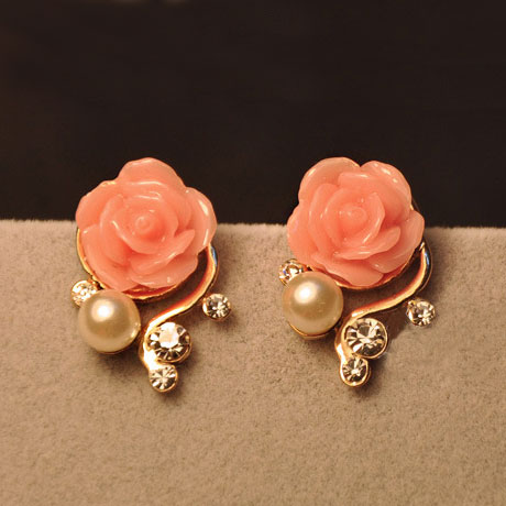 Sweet Nice Rhinestone Rose Earrings